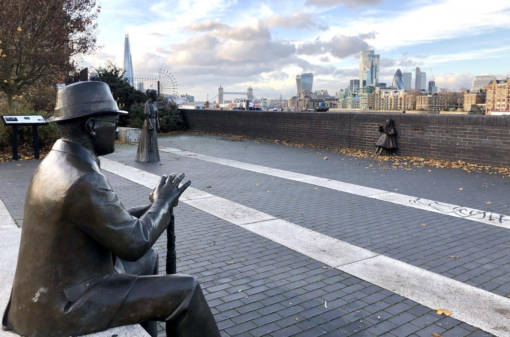 Dr Salter Sculpture Bermondsey