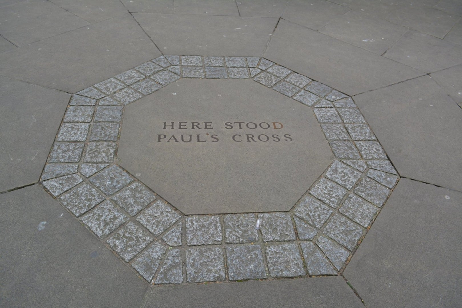 St Paul's Cross