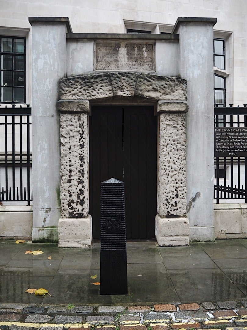 london doors & 15 London Doors With History Behind Them | Look Up London