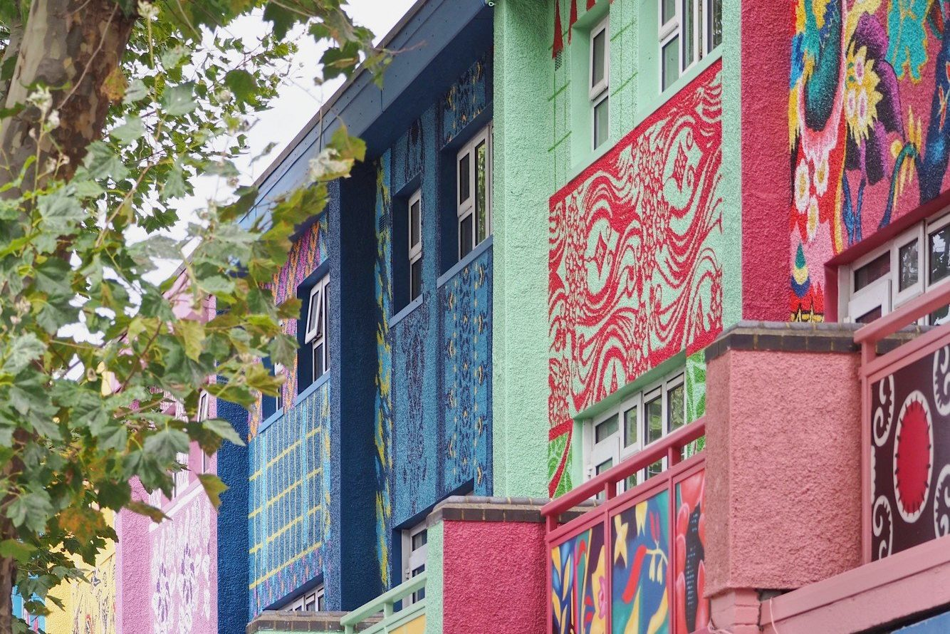 Aberfeldy Street Murals