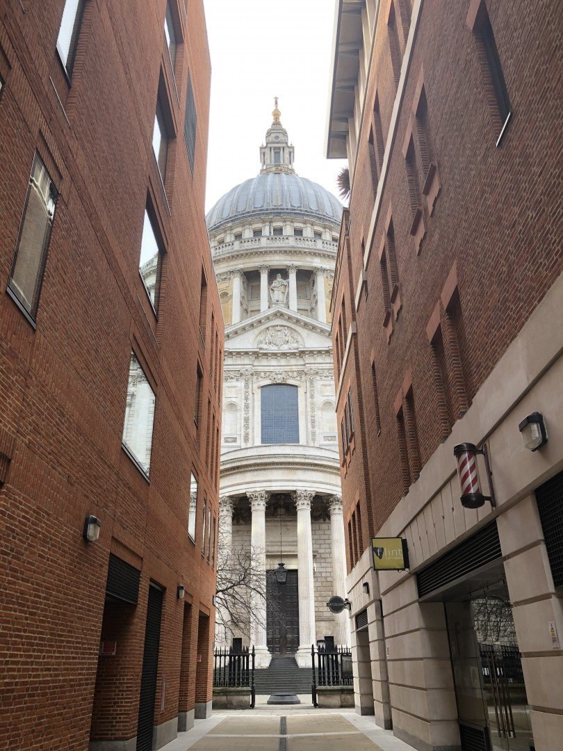 Best Historic London Alleys - Canon Alley, Look Up London