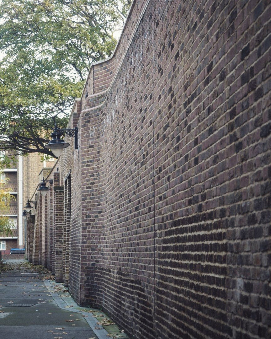 Best Historic London Alleys - Angel Place, Look Up London