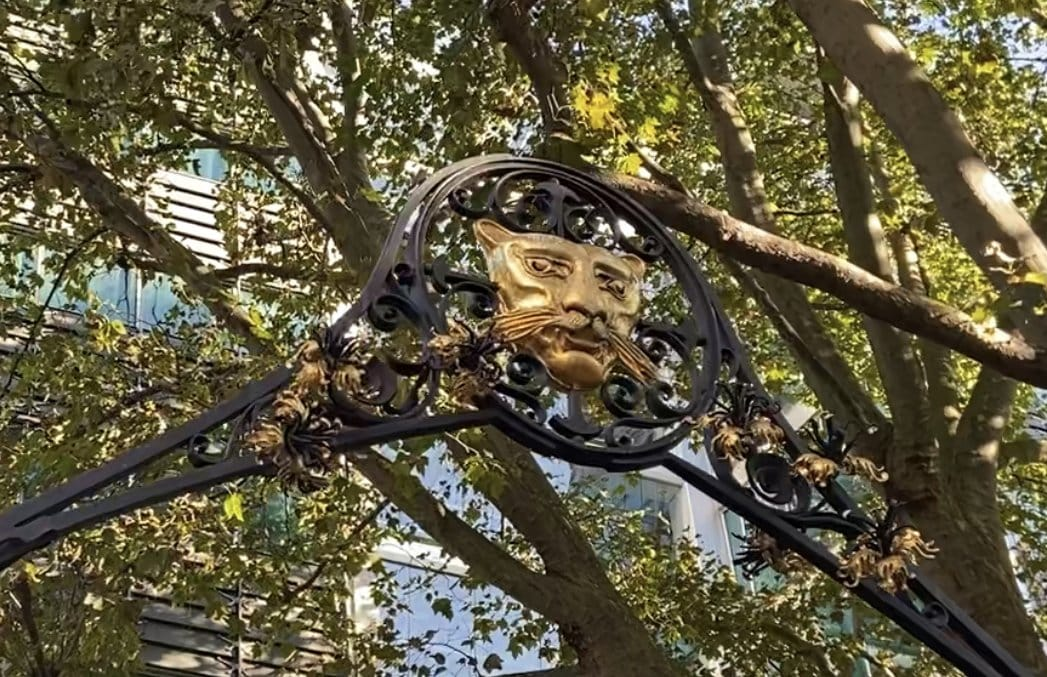 City of London Animals - Goldsmith Lion