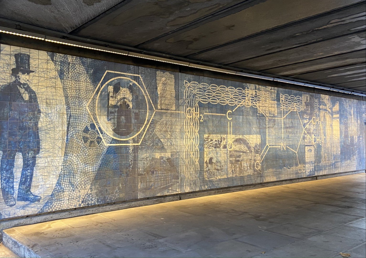 Best Historic London Murals - Paddington