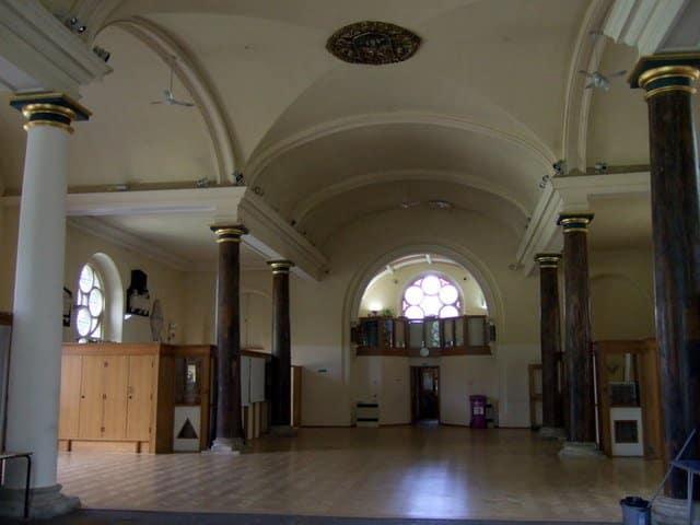 St Matthias Old Church - ceridwen / St Matthias Old Church, interior / CC BY-SA 2.0
