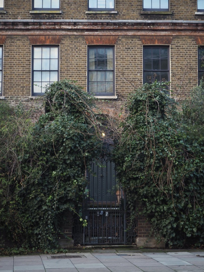 Malplaquet House Mile End Road | Look Up London