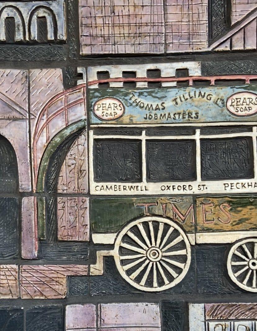 Old Kent Road Mural   Look Up London