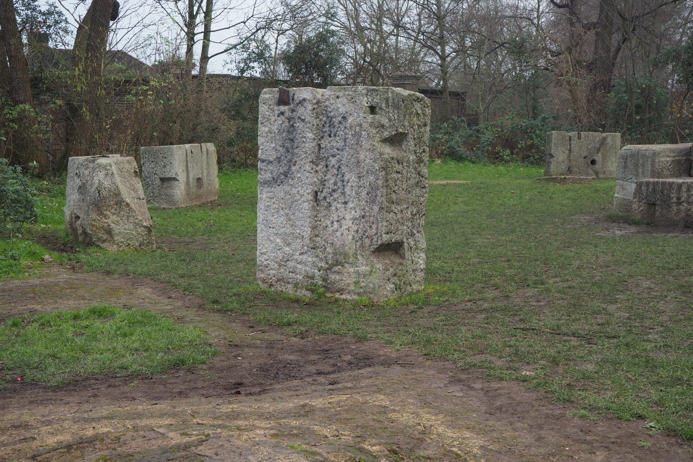 Hackney Henge - London's Stonehenge | Look Up London