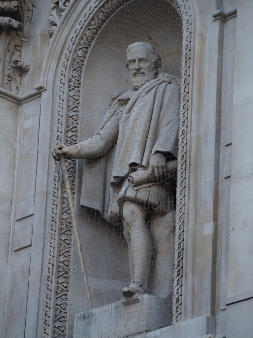 Myddelton Statue Royal Exchange | Look Up London