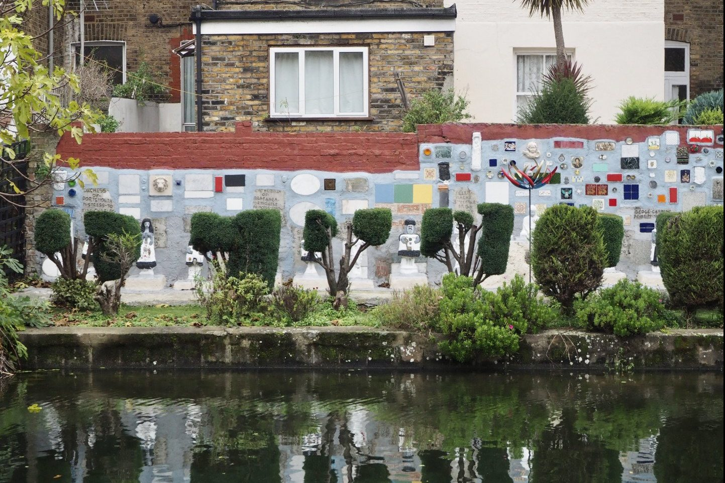 Gerry's Pompeii | The Strange Sculptures Along Grand Union Canal - Look Up London
