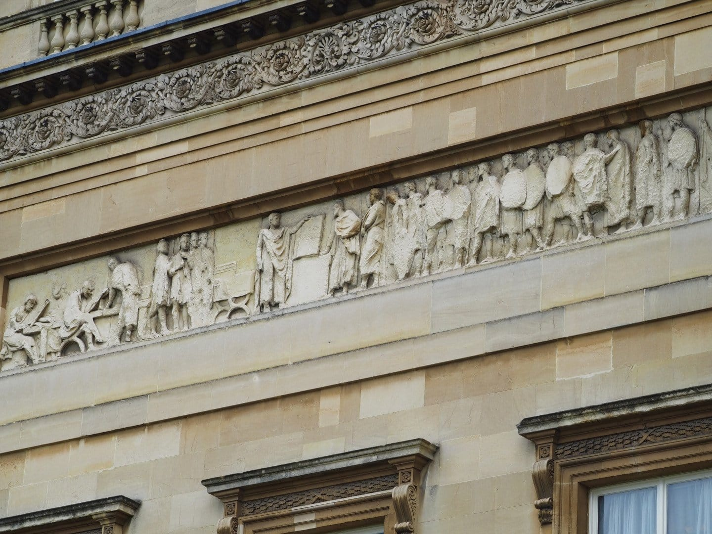 The Garden at Buckingham Palace | Look Up London